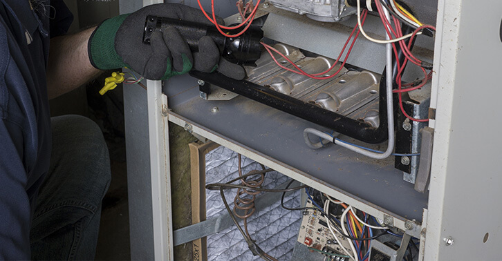 Top 6 Warning Signs That You Need a New Furnace This New Year